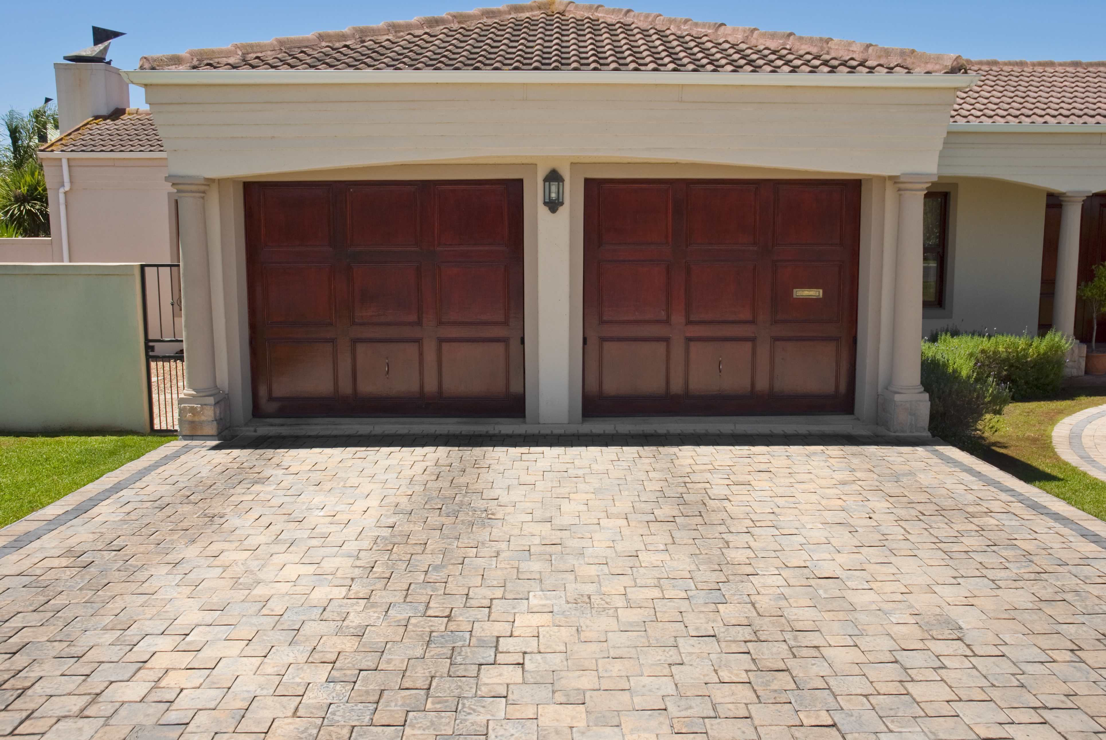 Wa garage door coupons in renton garage door services localsaver our trucks are always stocked so that techs can complete jobs in one visit no matter which brand garage door or garage door opener you have we can repair rubansaba
