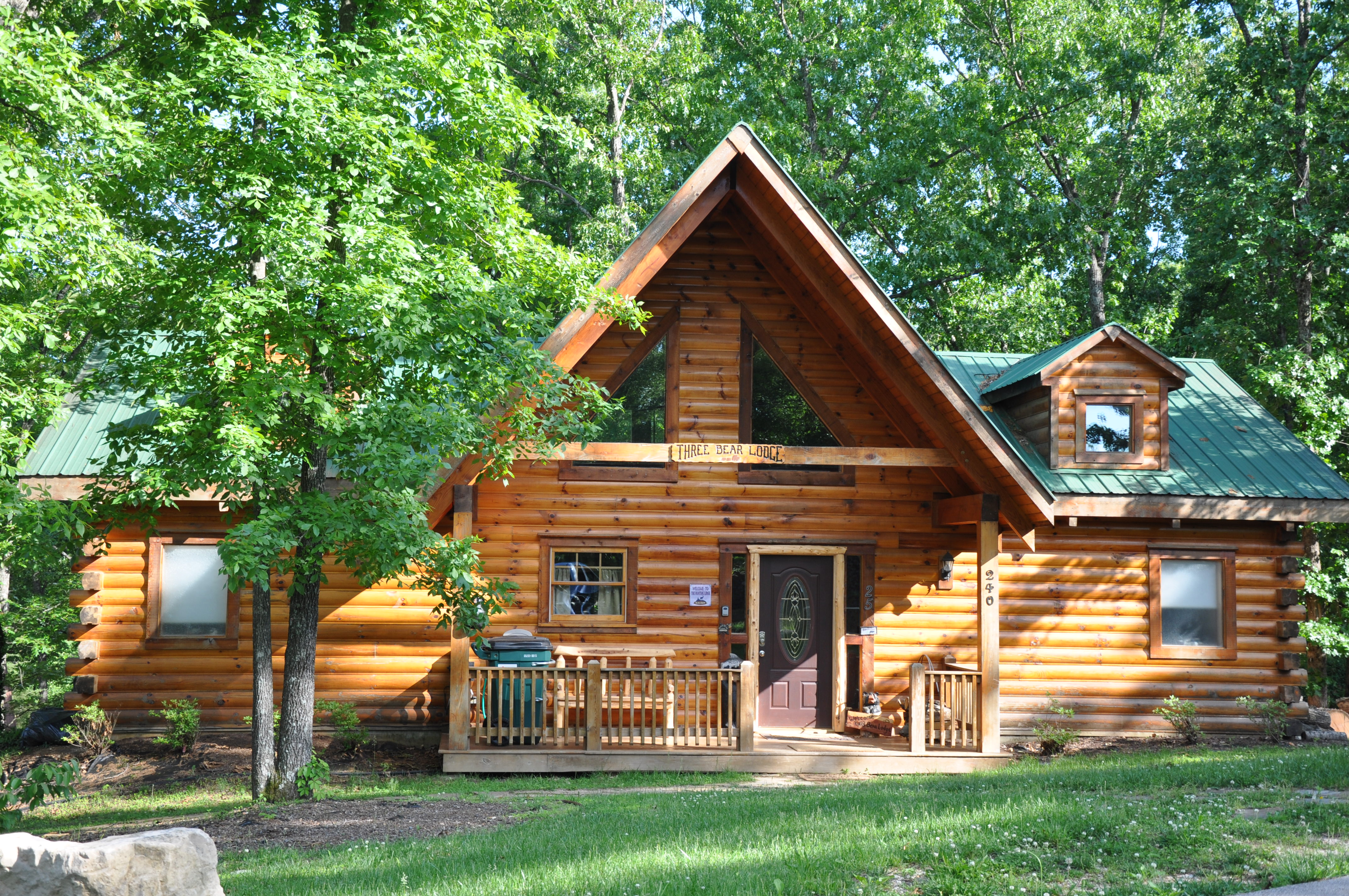 Wonderful image of Amazing Branson Log Cabins » Hotels & Lodging in Lewisville TX with #6F4123 color and 4288x2848 pixels