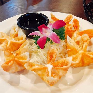 Colorado Springs Crab Cream Cheese Wontons