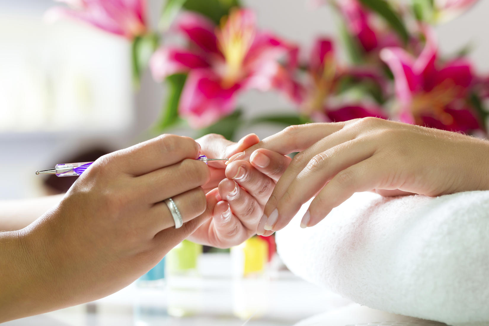 Nail Lounge & Spa Coupons in Vienna | Waxing Services | LocalSaver