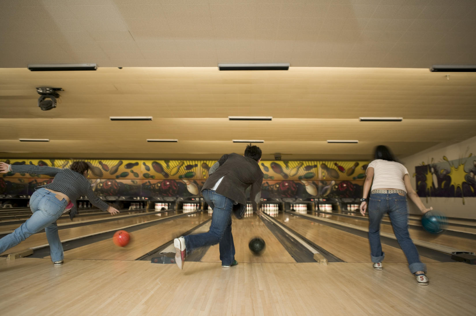 Chipper\'s Lanes Coupons in Fort Collins | Bowling | LocalSaver